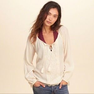 HOLLISTER LACE-UP PEASANT TOP